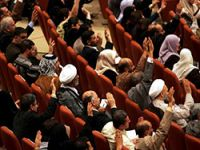 Kürtler parlamento oturumunu boykot etti