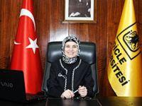 Türkiye'nin ilk başörtülü rektörü Diyarbakır'da
