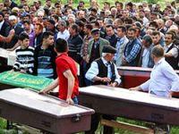 Soma'da cenazeler defnediliyor