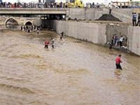 Sel felaketi, petrol hırsızlığını ortaya çıkardı