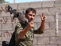 Kobanê'de çatışmalar sürüyor: IŞİD çekiliyor iddiası