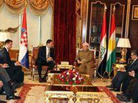 Barzani: Sınırlı imkanlar ve eski silahlarla yeniyoruz!