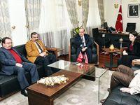HDP heyeti Yalçın Akdoğan'la görüştü