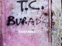 Diyarbakır'da ev baskını yapan polisler kapılara 'T.C. burada' yazdı