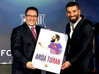 Arda Turan Barcelona'ya imza attı