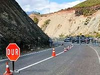 Dersim-Erzincan ve Dersim-Ovacık yolu trafiğe açıldı