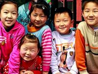 Çin, tek çocuk politikasına son verdi