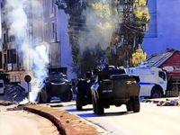 Yüksekova'da polis operasyonunda 2 kişi öldürüldü