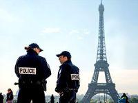 Fransa'da olağanüstü hal yeniden uzatıldı