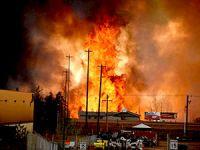 Kanada yanıyor: 100.000 kişi şehirden kaçıyor