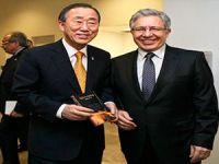 Livaneli'nin 'Sur' tepkisi: UNESCO'daki görevinden istifa etti