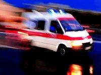 Hastane bahçesinde ambulansı çaldılar