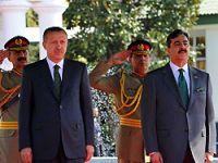 Pakistan'da Taliban'a seslendi!