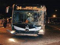 Metrobüsler çarpıştı