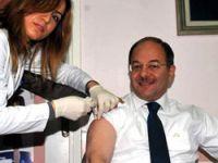 Sağlık Bakanı Akdağ aşı oldu