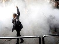 İran'daki protestolar için '3 gün' tehdidi