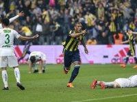 Fenerbahçe zirve yarışından kopmadı: 2-1