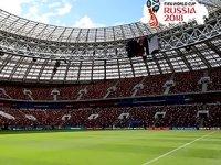 Dünya Kupası'nda son iki çeyrek finalist belli oluyor