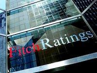 Fitch Türkiye'nin kredi notunu indirdi