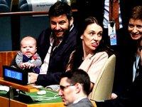 BM Genel Kurulu'na 3 aylık bebeğiyle katıldı