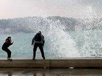 İstanbul Valiliği'nden 'kuvvetli fırtına' uyarısı