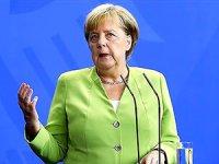 Merkel'den sağlık durumuyla ilgili açıklama