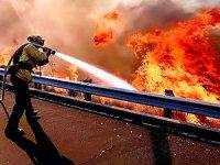 California: Binden fazla kişiden haber alınamıyor
