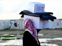 Barzani Vakfı'ndan Musul'daki mülteci kamplarına yardım
