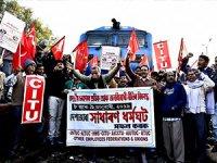 Hindistan'da 200 milyon çalışan greve gitti