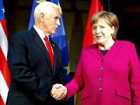 Merkel ve Pence'den karşılıklı sert açıklamalar