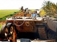 İsrail Gazze sınırına asker gönderiyor