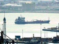 Haaretz: İsrail açıklarında Türk gemisi yandı