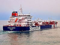İran, İngiltere bandıralı bir tankere el koydu