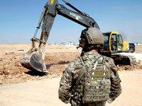CENTCOM: SDG askeri siperlerini yıktı