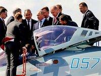 Putin, Erdoğan'a SU-57'leri tanıttı