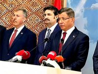 Davutoğlu: Partimizden istifa ediyoruz