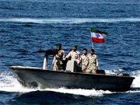İran yine bir petrol tankerine el koydu