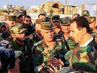 Beşar Esad İdlib'de askerleri ziyaret etti