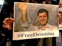 İstanbul'da Demirtaş'a destek eylemi gözaltıyla bitti
