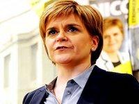 İskoç lider: İkinci bağımsızlık referandumuna izin verilmeli