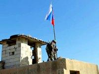 Rakka'dan ABD'liler çekildi, Ruslar yerleşti
