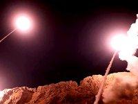 İran, ABD'nin Irak'taki üslerine hava saldırısı düzenledi
