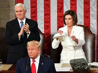 Trump konuştu, Pelosi konuşma metnini yırtıp attı