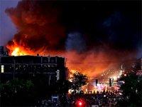 ABD'de isyan: Polis merkezi yakıldı, Trump eylemcileri tehdit etti