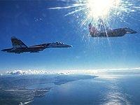 Rus Su-27 jetinden Karadeniz'de dört İngiliz askeri uçağına önleme