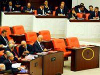 Meclis'te DTP Tabelaları Kaldırıldı