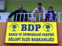 DTP tabelası indi BDP asıldı