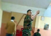 Uzman Çavuş okul basıp, öğrenci dövdü